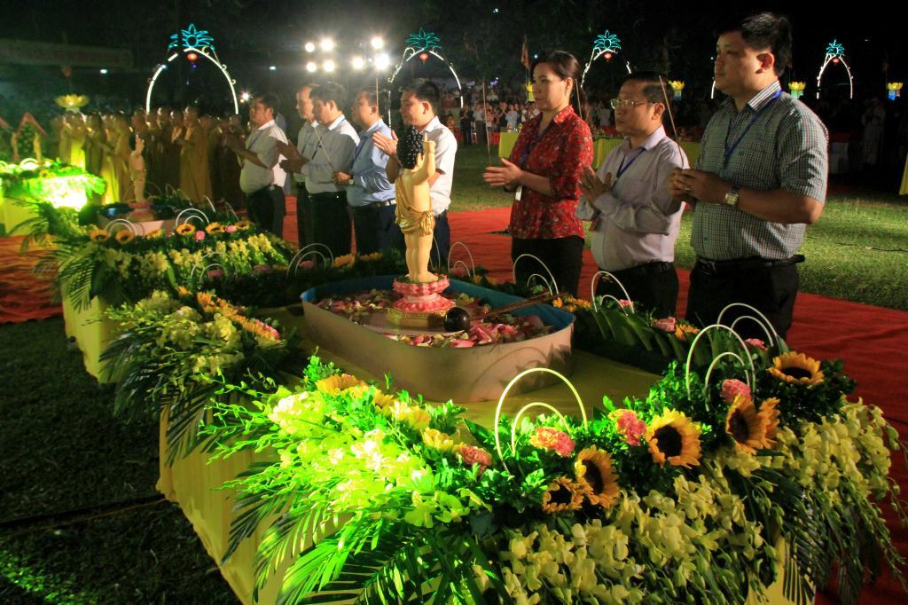 nguoiphattu_com_khai_mac_phat_dan_huong_khe31.jpg