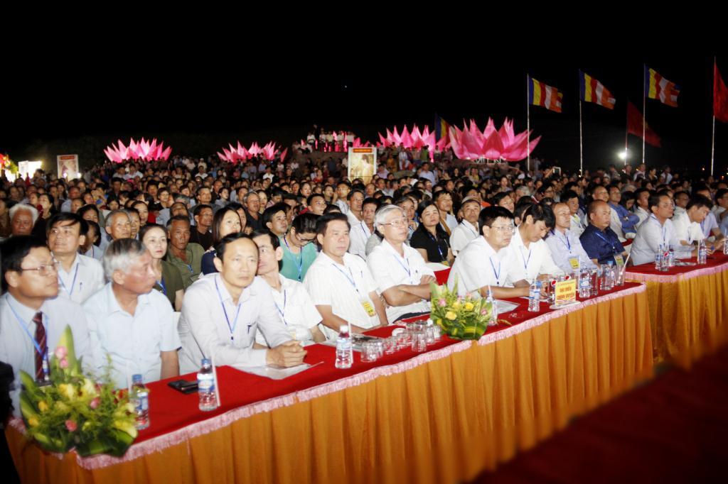 nguoiphattu_com_le_chinh_thuc_phat_dan_ha_tinh1.jpg