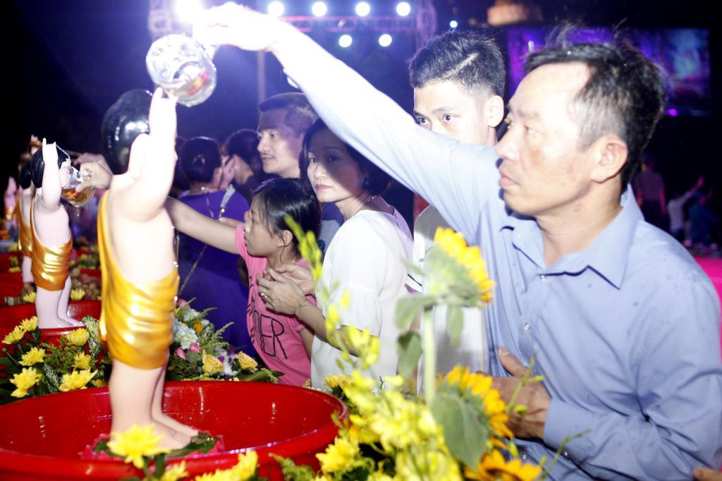nguoiphattu_com_le_chinh_thuc_phat_dan_ha_tinh18.jpg