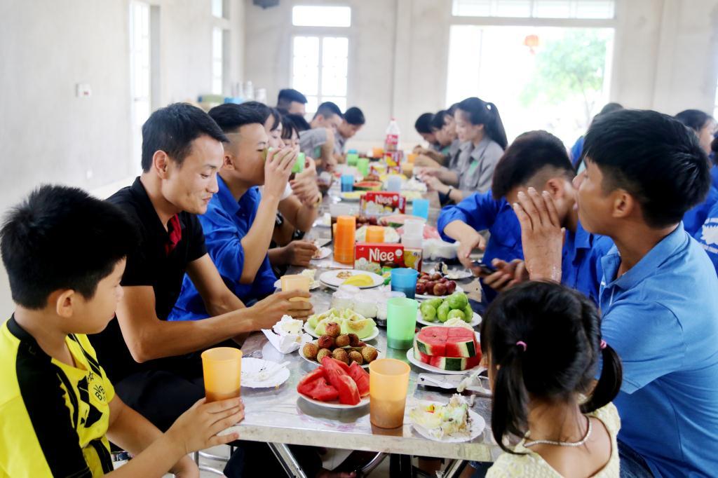 nguoiphattu_com_thanh_nien_phat_tu_chua_dong_cao5.jpg
