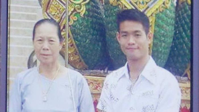 hlv_doi_bong_thai_lan_facebook_2.jpg