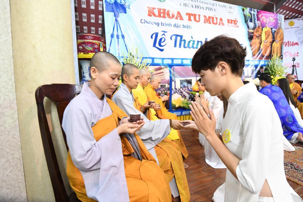 nguoiphattu_com_khoa_tu_mua_htro_ve_chon_binh_yen6.jpg