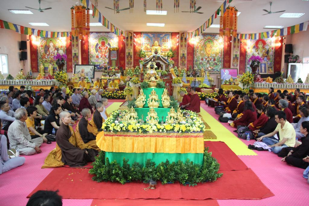 hungkar_dorje_rinpoche_sang_viet_nam_nguoiphattu_com3.jpg