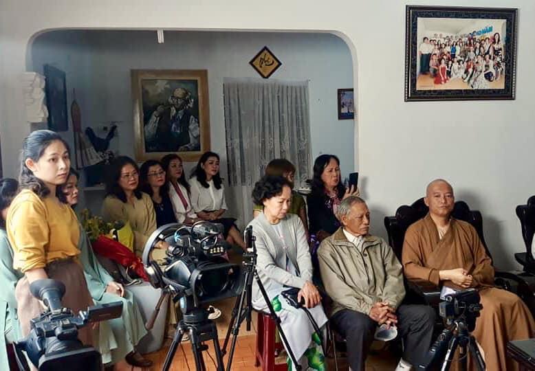 nhac_si_hang_vang_nguoiphattu_com2.jpg