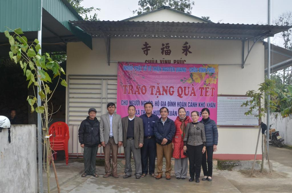tang_qua_tai_chua_vinh_phuc_nguoiphattu_com8.jpg