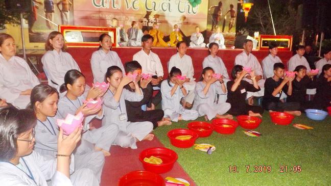 khoa_tu_mua_he_chua_my_son_kh_nguoiphattu_com10.jpg