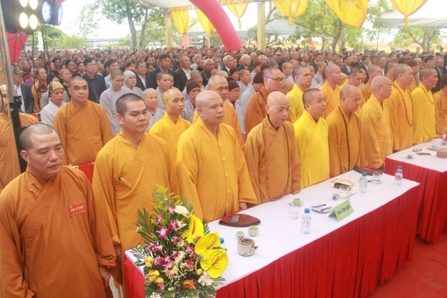 nguoiphattu_com_khanh_thanh_chua_nguyet_quang1.jpg