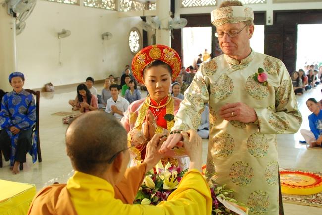 nguoiphattu_com_nghi_thuc_lam_le_hang_thua1.jpg