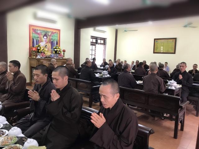 nguoiphattu_com_hoi_nghi_tong_ket_phat_su_ha_tinh20.jpg