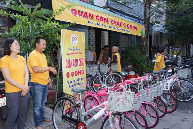 nguoiphattu_com_nhom_thien_nguyen_lam_yeu_thuong_tang_xe_dap8.jpg