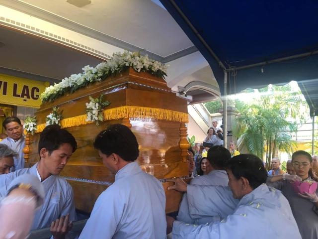 nguoiphattu_com_tra_ty_dai_lao_hoa_thuong_thich_quang_do5.jpg