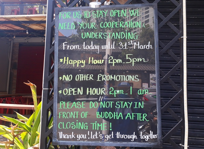 nguoiphattu_com_vi_sao_dan_mang_phan_doi_va_tay_chay_buddha_bar_2.jpg