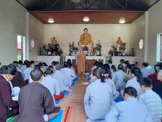 thoi_khoa_an_lac_tai_chua_que_nguoiphattu_com_2.jpg