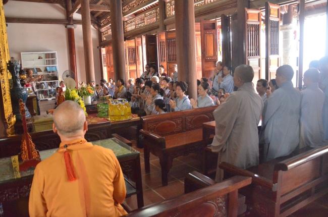 dang_huong_liet_si_ha_tinh_nguoiphattu_com_11.jpg