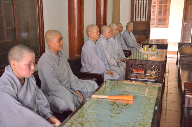 dang_huong_liet_si_ha_tinh_nguoiphattu_com_12.jpg
