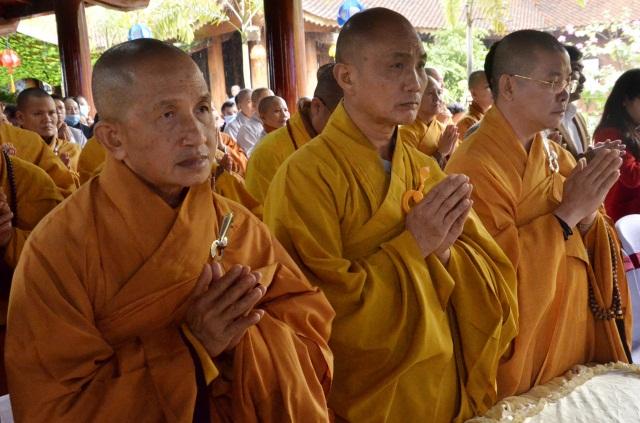 nguoiphattu_com_ha_tinh_le_tuong_niem_duc_vua_phat_hoang_tran_nhan_tong_va_lich_dai_to_su_nam_202027.jpg