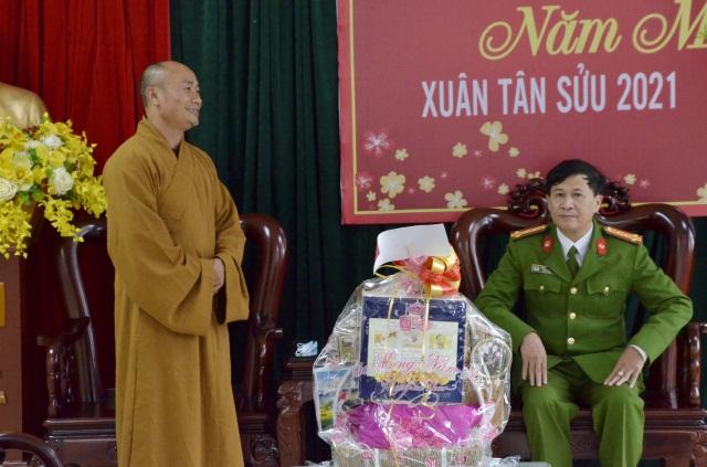 nguoiphattu_com_phat_giao_ha_tinh_chuc_tet_tan_suu20.jpg