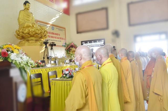nguoiphattu_com_khoa_boi_duong_nghiep_vu_thong_tin_truyen_thong_b2.jpg