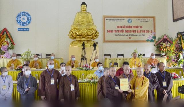 nguoiphattu_com_khoa_boi_duong_nghiep_vu_thong_tin_truyen_thong_b20.jpg