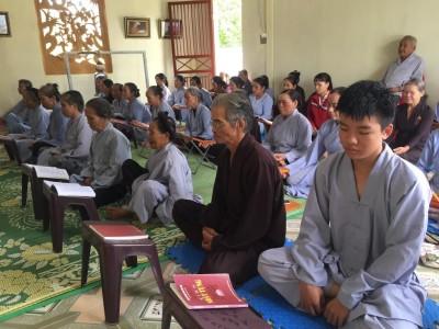 Hà Tĩnh: Ngày tu đầu tiên nơi ngôi chùa cổ hàng trăm năm hoang phế