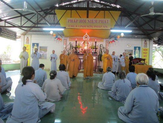 Khóa tu niệm Phật lần thứ 13 tại chùa Linh Sơn Pháp Ấn