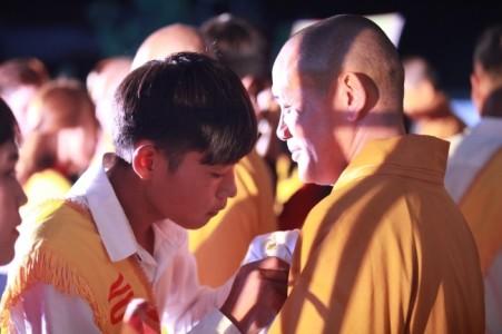 Gần 3000 người tham dự đại lễ vu lan báo hiếu tại chùa Giai Lam - Tịnh Pháp