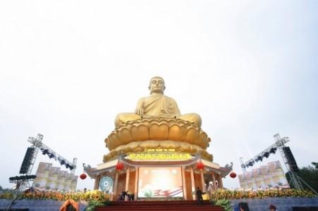 Nghệ An: Khánh thành tôn tượng đức Phật Thích Ca Mâu Ni 42m