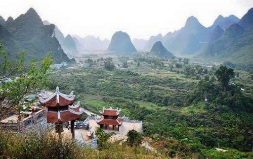 Linh thiêng ngôi Chùa trấn ải vùng biên cương