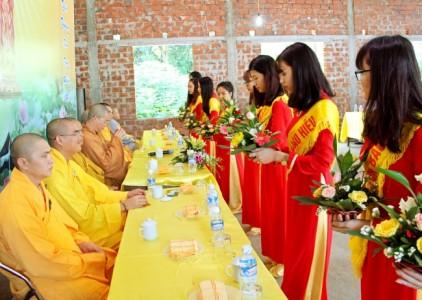 Hà Tĩnh: Đại lễ vu lan báo hiếu 2015 tại chùa Bụt Mọc