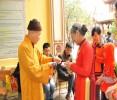 Thời khắc linh thiêng đầu năm mới tại chùa Bằng