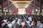 Hà Nội: Hàng nghìn Phật tử về tham dự đại lễ cầu an đầu năm