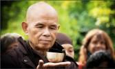 Thích Nhất Hạnh: Người đánh khẽ tiếng chuông tỉnh thức cho thế giới