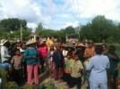 Chùa Linh Sơn Pháp Ấn tặng quà cho đồng bào dân tộc thôn Suối Lâu