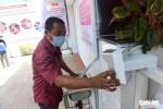 'ATM gạo' tuôn trào nhân ái Sài Gòn 24/24
