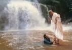 Khuấy động nước nghìn sông, chứ không được làm động lòng người tu Đạo