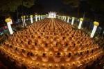 Chùa Hoằng Pháp: Hàng chục ngàn người dự lễ vía Đức Phật A Di Đà 2018