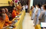 Thẩm định mẫu sắc phục cư sĩ Phật tử