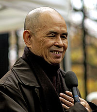 thich_nhat_hanh_12.jpg