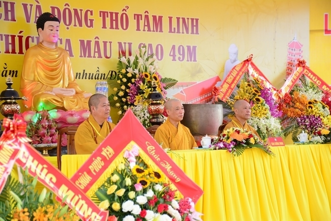 nguoiphattu-com tuong phat thich ca 49 m1.jpg