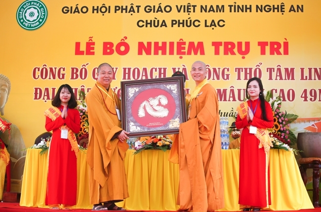 nguoiphattu-com tuong phat thich ca 49 m14.jpg