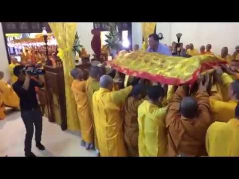 Lễ nhập kim quan cố Hoà thượng Thích Chơn Thiện